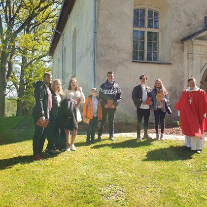 Vasarsvētku Dievkalpojums Mālpils baznīcā